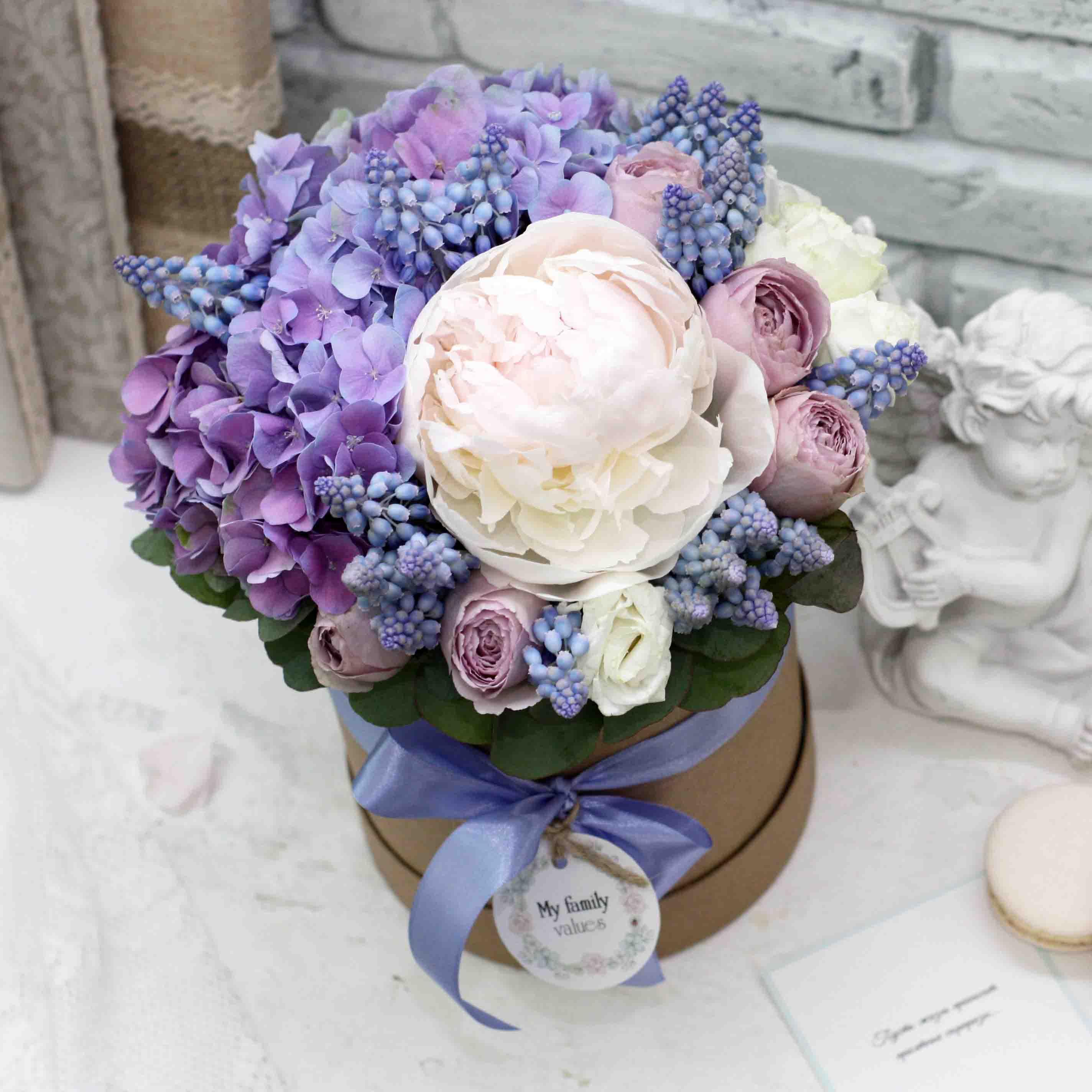 Цветы в коробке S (⌀14 см), №0567