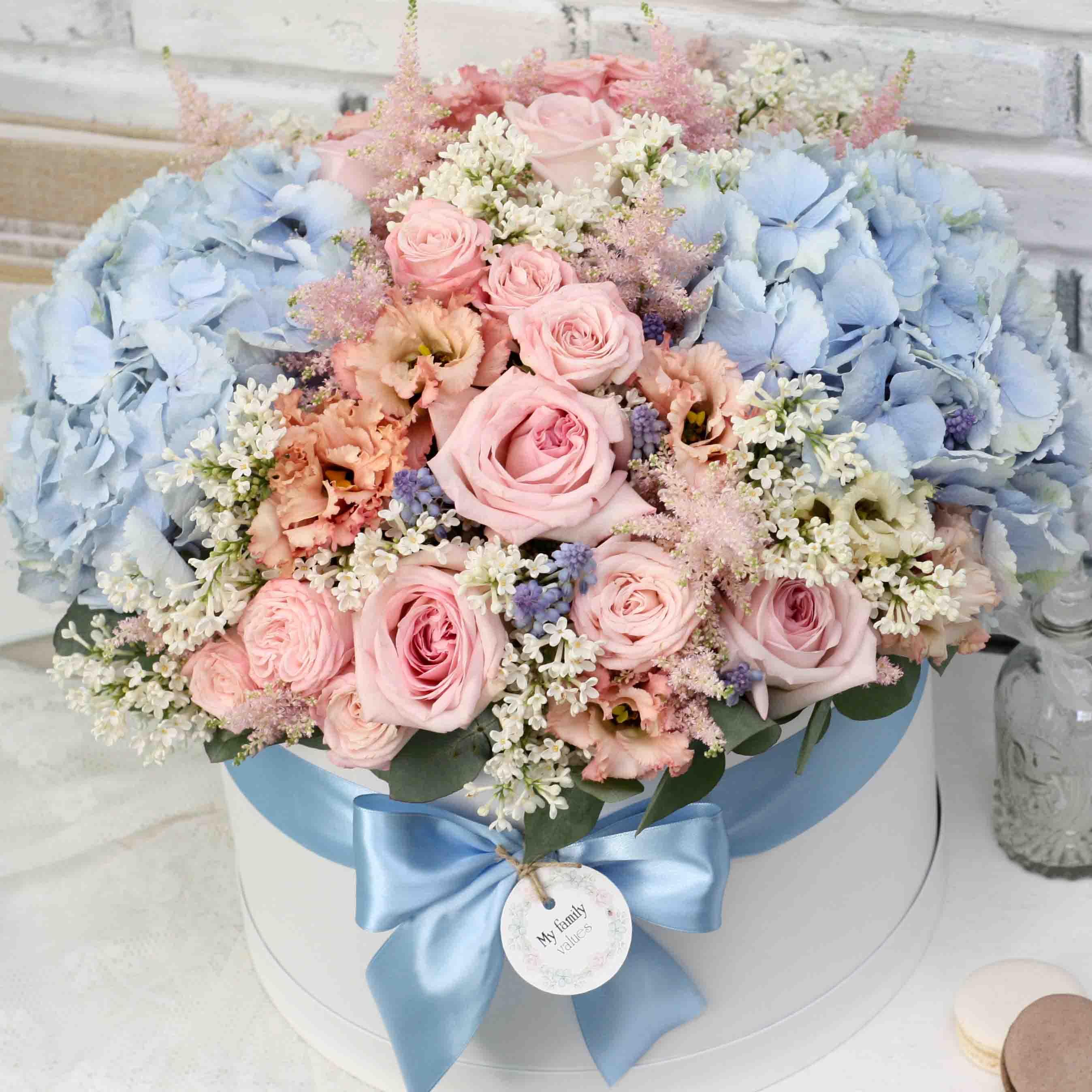Цветы в коробке XL (⌀30 см), №0572