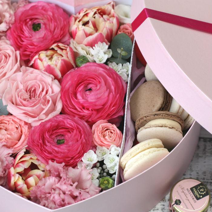 Цветы и макаруны ХL (30х25 см), №0183