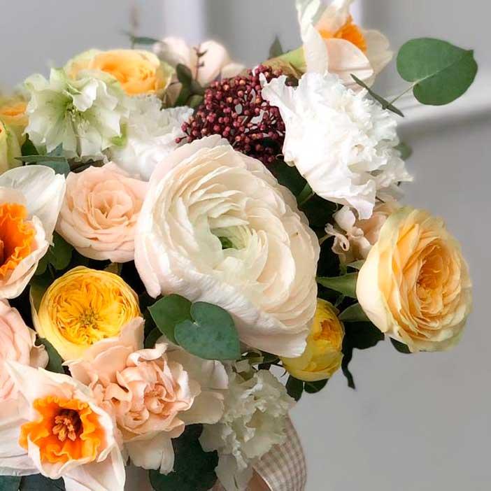 Цветы в шляпной коробке S (14 см) №0987