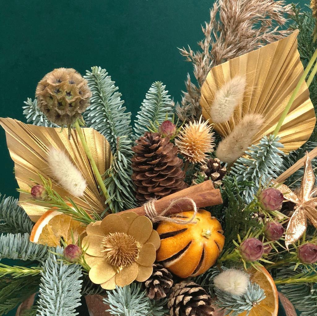 Новогодняя эко-композиция в глиняном кашпо 1804
