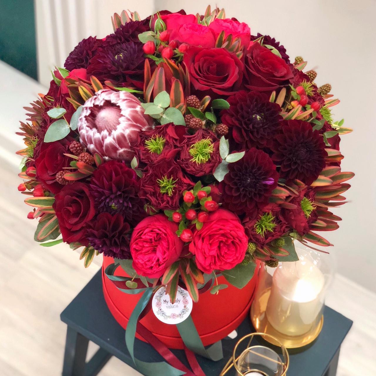 Цветы в коробке М (⌀20 см), №0616