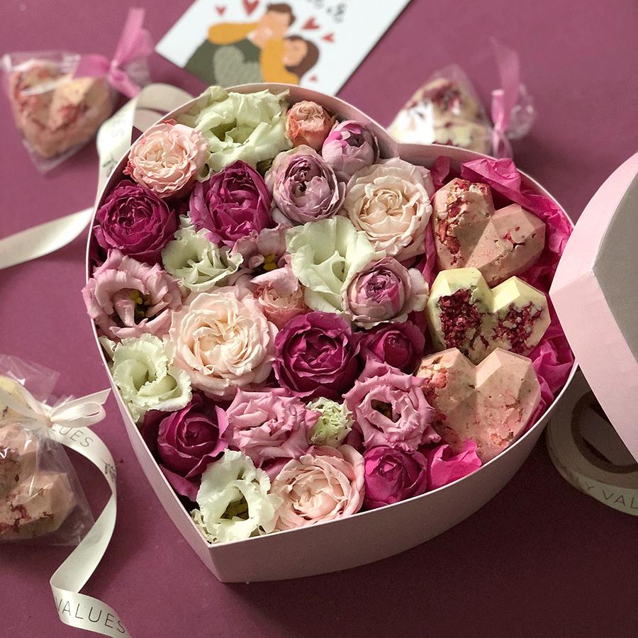 Цветы и шоколад №0242
