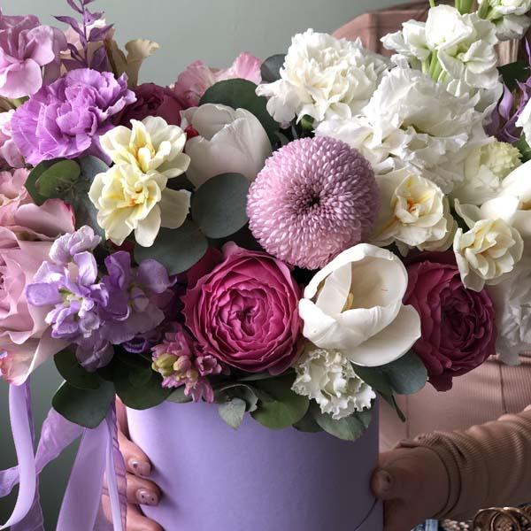 """Цветы в коробке S """"Пур-пур"""" №0226"""