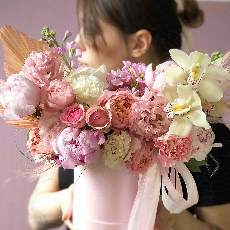 """Цветы в коробке S """"Стрела Амура"""" №0886"""