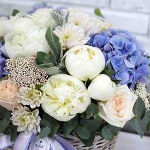 Корзина с цветами №2002