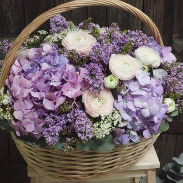 Корзина с цветами №0553