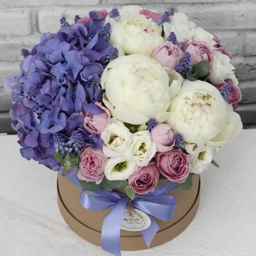 Цветы в коробке М (⌀20 см), №0589