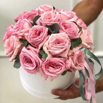 Розы Пинк Охара в коробке М (⌀20 см), №0362