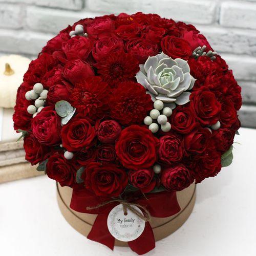 Цветы в коробке М (⌀20 см), №0559