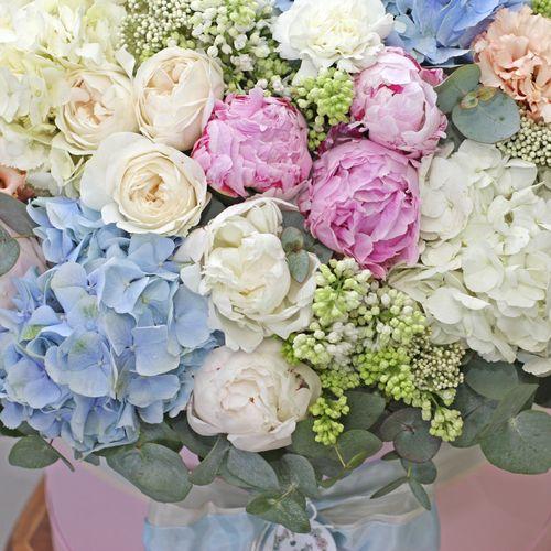 Цветы в коробке King Size (⌀43 см), №0606