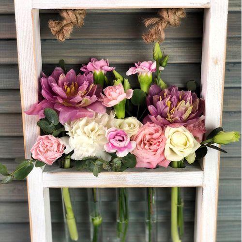 Цветы в деревянной рамке №1234