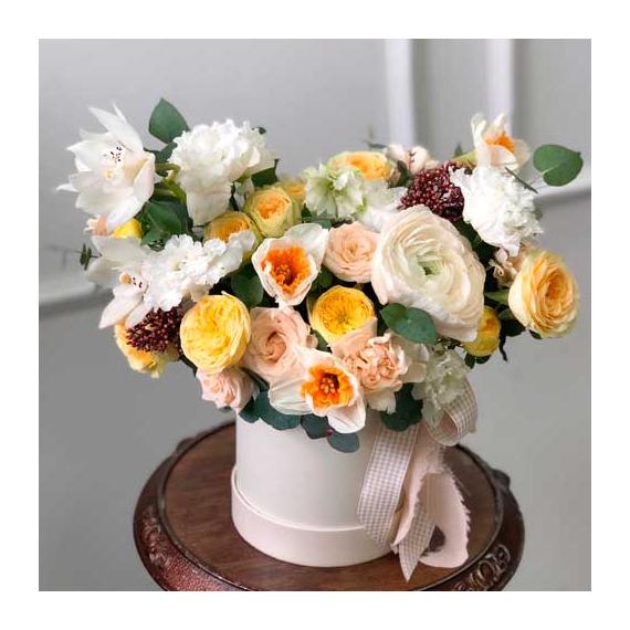 """Цветы в коробке S """"Лимонный тарт"""" №0987"""