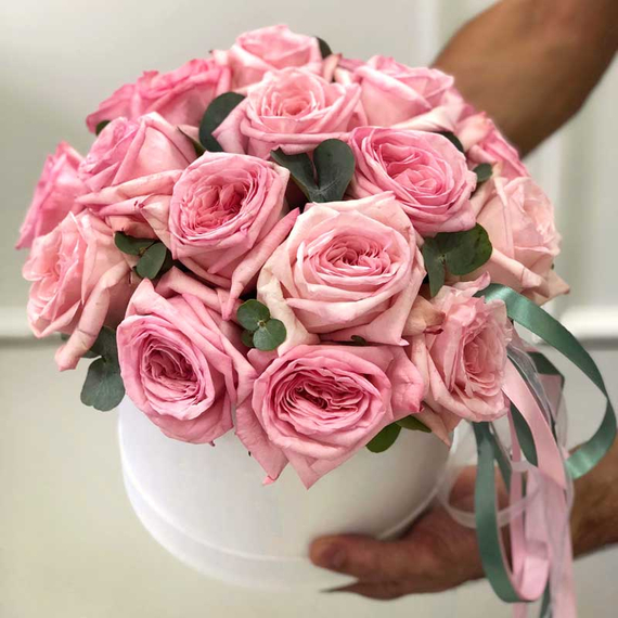 Ароматные розы Пинк Охара в коробке М №0362