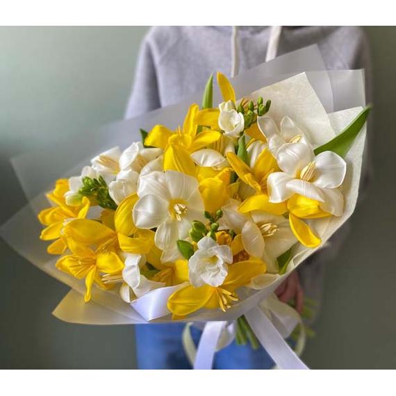 Дуобукет тюльпаны+фрезия №0225