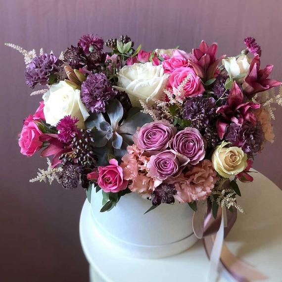 """Цветы в коробке М """"Черничные ночи"""" №0612"""